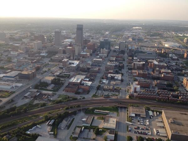 Flying with Omaha PD's ABLE 1 chopper, getting some scenics!  #copparizzi http://t.co/2thcNkRT4o