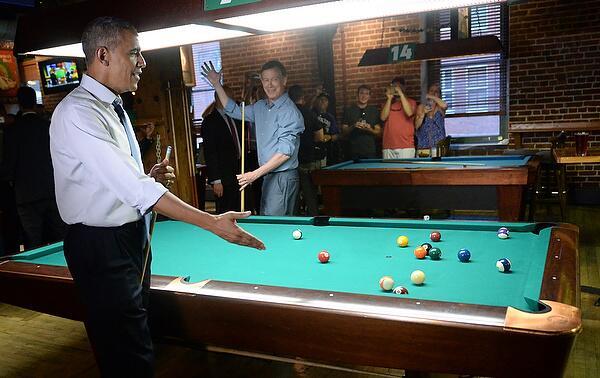 PHOTOS: President Obama arrives in Denver, tours LoDo @RJSangosti http://t.co/3jrJD7qgHf http://t.co/BRdA6tVXQ9