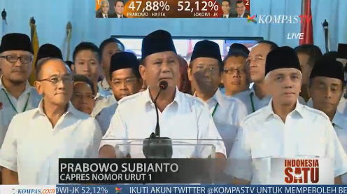 He declared himself a winner, but the stats above his head? RT @KompasTV: @Prabowo08 berikan pernyataan pers. http://t.co/oVlanGvm35