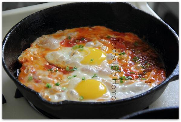 Tomato-ee Eggs: http://t.co/4HNqoG9YIJ http://t.co/bL3oHBA06d