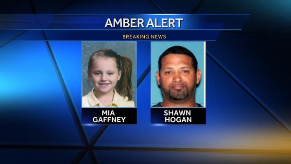 The state of Iowa issued an Amber Alert from Blackhawk County at 10:15 p.m. Wednesday. http://t.co/nynxtxO2sK http://t.co/nyzbkT8liX