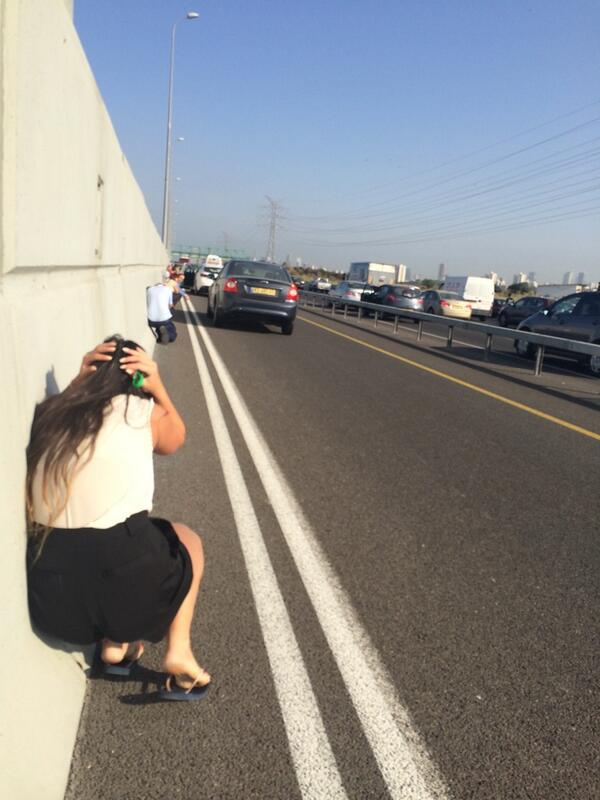 On my way to Google Tel Aviv. On the highway. Then this happened. Yep, I took this just now. #IsraelUnderFire http://t.co/uDMdHXgRrM