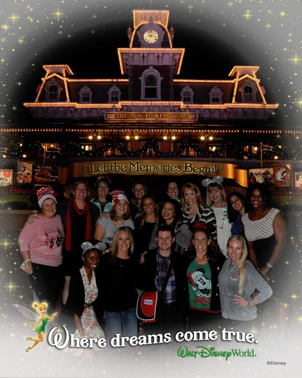 #ThrowbackThursday: It's been almost exactly 7 months since I met these wonderful women. I love my #DisneyMP sisters! http://t.co/vUYhmFaGx0