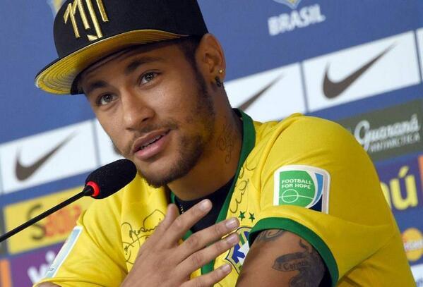"""Neymar alienta por Argentina: """"Messi se merece ganar el Mundial"""" http://t.co/paAjPF4Xv7 http://t.co/7VG1dielWf"""