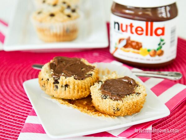 Chocolate Chip Muffins with @NutellaUSA for a happy morning! #nutella #spreadthehappy http://t.co/Vk0auZUiQi http://t.co/Jhk2wwHGJR