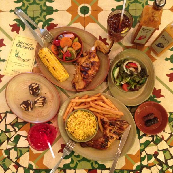 Ramadhan meal set for 2 only at $39.90, let's break fast with Nando's! http://t.co/kltVJqpZGf