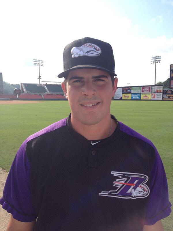We like @CarlosRodon16 in the Dash purple. How about all of you? http://t.co/BdYnI8ayzE