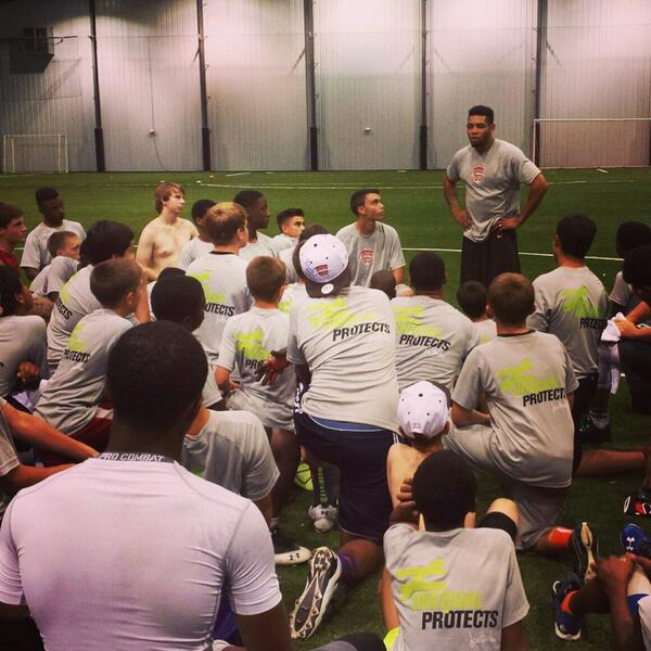 The @joehaden23 Elite Football Experience was a HUGE SUCCESS!! See you all next year! #BeElite23 http://t.co/6nsz19gG8g
