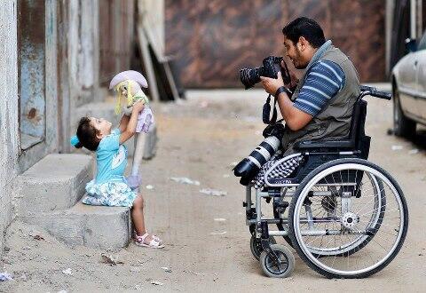 Storytelling: Photos - Moamen Qreiqea, photographer/Gaza City http://t.co/70CQAoBPvZ http://t.co/mYSc8nadgP