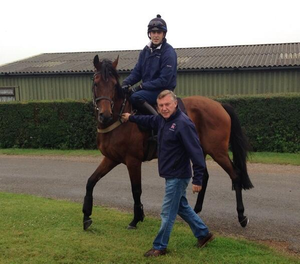 Great to have the one and only Steve Smith Eccles with us as @BRSNewmarket jockey coach for @Joe_akehurst
