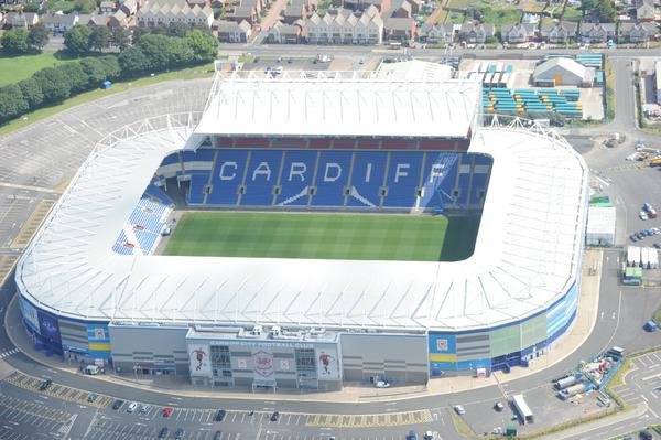 Extension looks like it's nearly finished. Looks good from up here @CardiffCityFC http://t.co/mbNuKyKjND