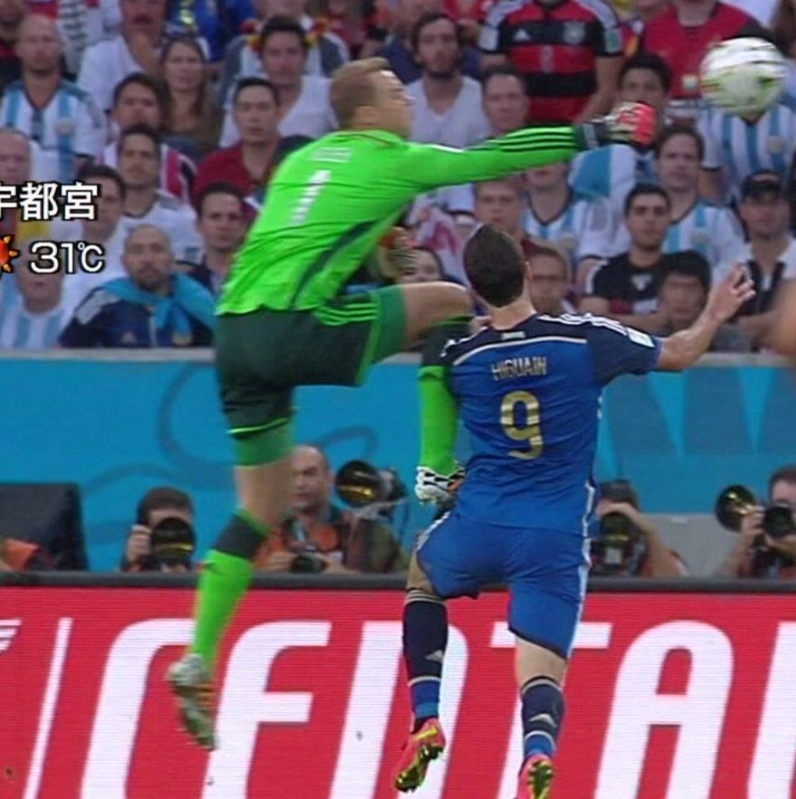 RT @soccerugfilez: ????????????? http://t.co/ERt5gcKCzd