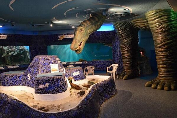test ツイッターメディア - 【千葉県】水族館なのに謎の恐竜オブジェがたくさん!【犬吠埼マリンパーク】https://t.co/F6w8POgUid