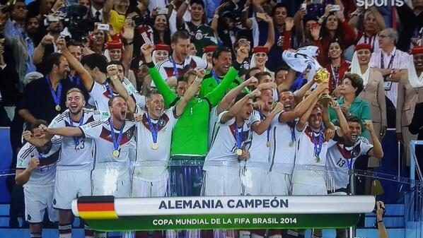 ALEMANIA CAMPEON DEL MUNDO..!! http://t.co/bseVyWNNxd