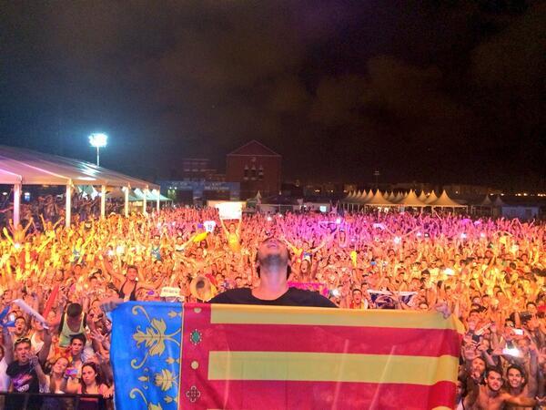 Valencia i love u http://t.co/3wDDzackQz