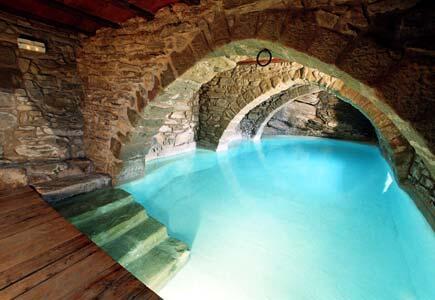 Las 5 piscinas más originales en #casasRurales http://t.co/9tB1fO9zTc http://t.co/m1Jo68QzpF