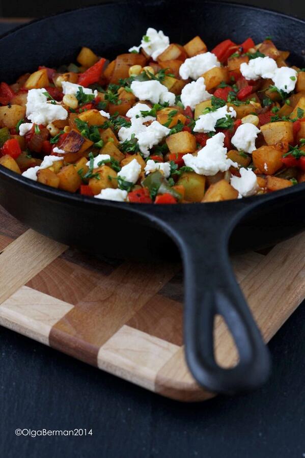 {New Post} Potato Free Hash!? Yes! Kohlrabi Hash w/Corn & Chevre http://t.co/s5rKR7CEaS @MeatlessMonday @latimesfood http://t.co/Zk38sIzuBg