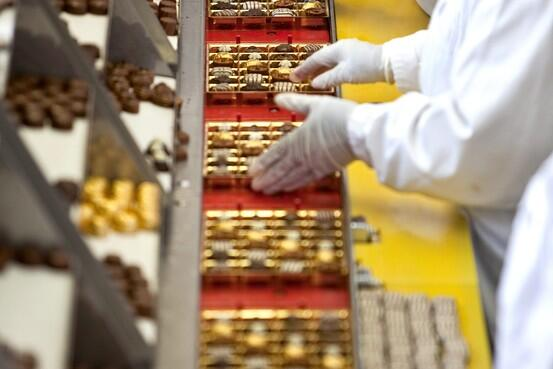 Swiss chocolate maker Lindt is betting on the US sweet tooth http://t.co/Qdp4d80Lpj http://t.co/3Ageje53ih