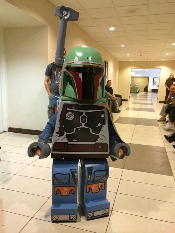 A Dad Makes His Six-Year-Old Son a LEGO 'Star Wars' Boba Fett Minifigure Costume - http://t.co/Znc5bjecGf #lego http://t.co/5ppXihJnWK
