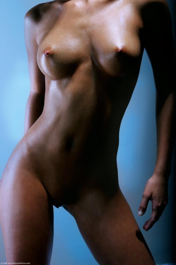 фото голое тело девушек