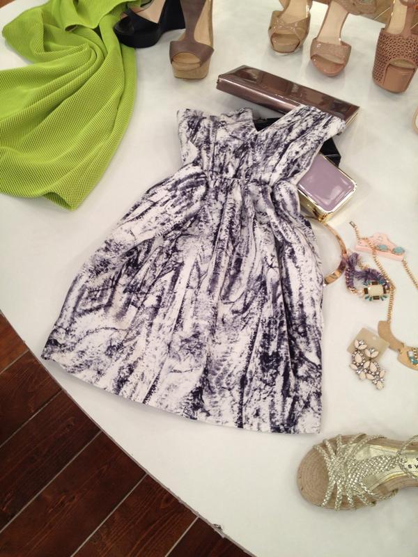 Katerina Kenourgiou (@katrinken): Κάντε RT και κερδίστε αυτό το υπέροχο φόρεμα! #KalokairiPantou @ALPHA_TV http://t.co/shV87Yh3uW