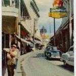 #CubaArchivo Calle y comercios en Cuba, 1955 #Cuba http://t.co/McncbDxDxo