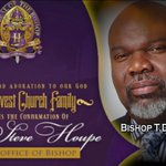My dear friend from Dallas, Tx @BishopJakes will also be there.  #bishophoupe http://t.co/8F9WVzxs7e