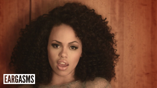 This week's Eargasms features the beautiful @ElleVarner, @JheneAiko and more. http://t.co/nPGlb7U6a9 http://t.co/ihvesqkWBH