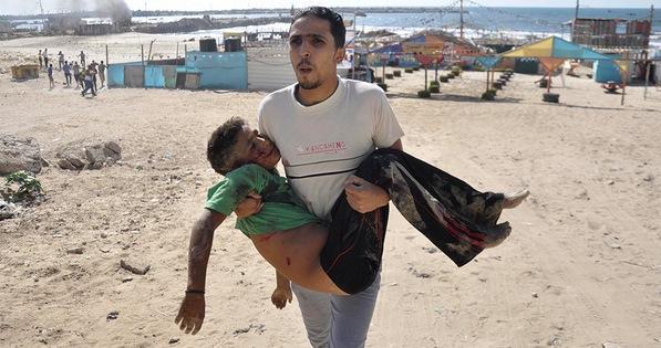 Yusuf Özhan (@Yusuf_Ozhan): #İsrail, savaş gemilerinden fırlattığı füzelerle #Gazze sahilinde oynayan 4 çocuğu katletti. http://t.co/QJzTDnCGfo