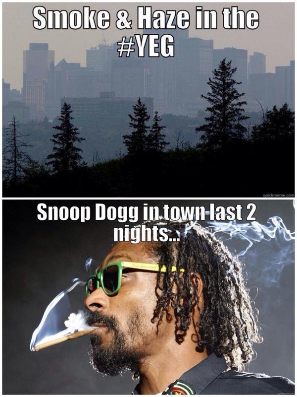 Coincidence? @SnoopDogg @unionhall #yeg #haze #smoke http://t.co/FWJsD9scSS