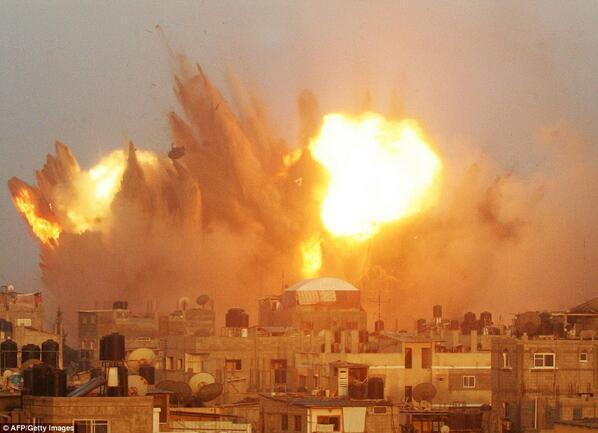 Πέμπτη 17 Ιουλίου, 6μμ Συγκέντρωση διαμαρτυρίας για τη Γάζα στην Ισραηλινή Πρεσβεία http://t.co/x7BxuBj6rI #rbnews http://t.co/dgfEuyTyDO