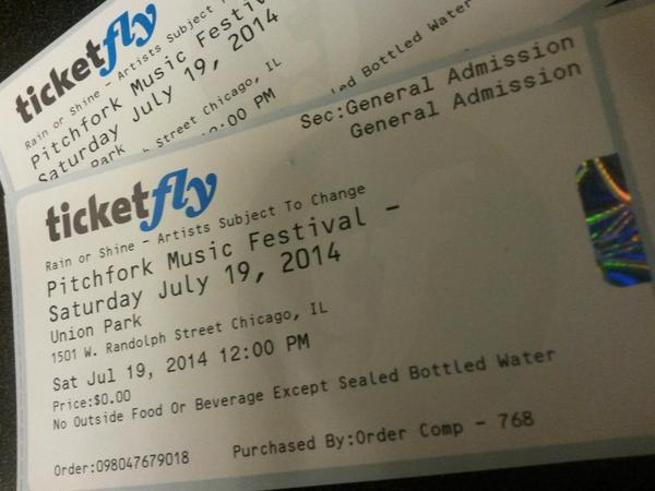 Want a chance to score a pair of Saturday @pitchforkfest tickets!? Follow, and RT this post for your chance to win! http://t.co/XjO4wwVO0m