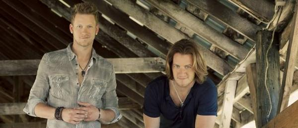 The electrifying sounds of @FLAGALine will be going on tonight at @CAMidStateFair http://t.co/TrXRZwMZiI #CMSF #FLAGA http://t.co/WACXd3NT32