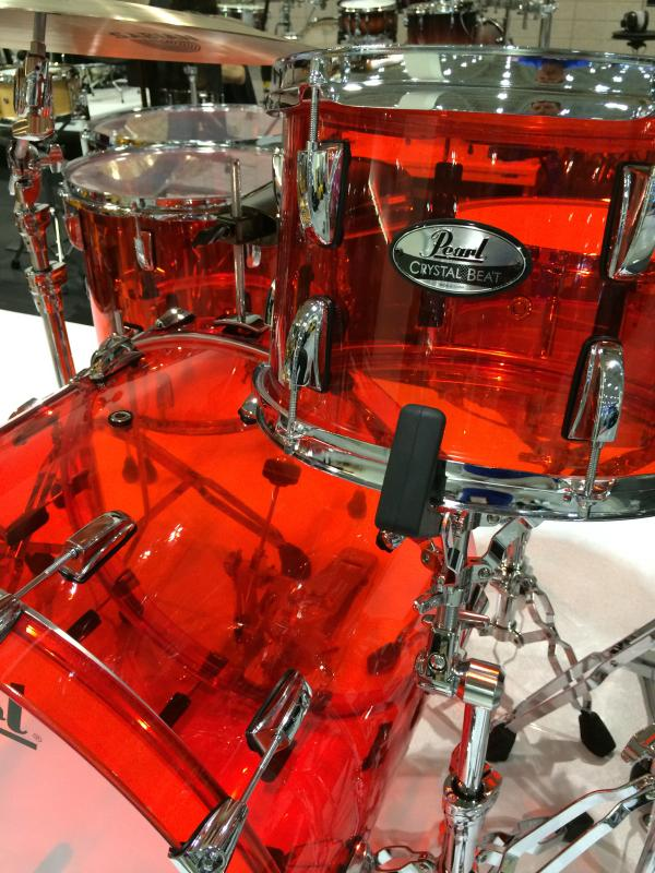 The reintroduced Crystal Beat Series is available in a Ruby Red, Ultra Clear, & Tangerine Glass. #NAMM http://t.co/i8H8jgyd4H
