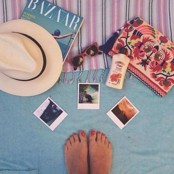 Vive un verano lleno de momentos http://t.co/y9cf6JW53f! Con tus Albumes de fotos #LaHoraMagica203 @JuanfraEscudero http://t.co/NtOeF3Fayr