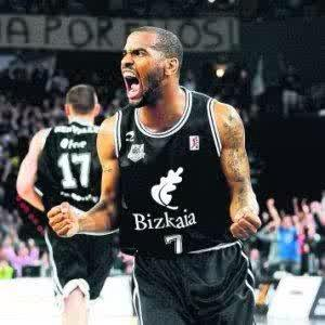 It hurts like hell seeing the club @CDBILBAOBASKET going thru the brink of extinction. So many memories and much love http://t.co/Z2H7pzp5mi