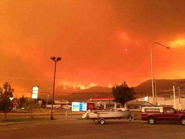 Wildfire forces Pateros, Brewster evacuations: http://t.co/vl6zcPKqQk #KXLY #CarltonComplex #Pateros http://t.co/AEmVEwbvAj