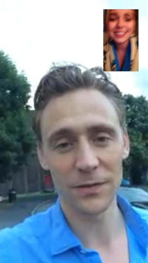 @twhiddleston you are the biggest cutie ever thank you for the kiss omfggggg amkakjdjfn http://t.co/lO3NJhZRHN