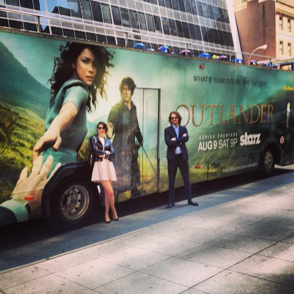 Sam Heughan (@Heughan): When in NY, take the BUS! http://t.co/jfaFHg0Vvn