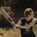 RT @perfcalvm: LUKE HEMMINGS EVERYBODY http://t.co/VfDvlXqrkz