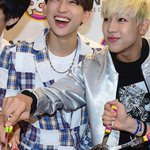 [PRESS] 140731 #GOT7 Natuur POPs Fansign Event #BamBam #Jr. #10 http://t.co/wLgX9IWrmO http://t.co/Df0HcqnGhm