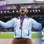 RT @Team_Scotland: Athletics: @Markdry picked up his Bronze medal yesterday - what a moment! #GoScotland http://t.co/BhzWmmAgws