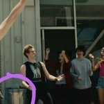 GUYS ACACIA IS IN THE AMNESIA VIDEO OMG #AmnesiaMusicVideo #MTVHottest 5 Seconds of Summer http://t.co/PuLuNtKD0T