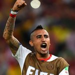 Arturo Vidal set to force through move to Manchester United #MUFC http://t.co/5fExNXX4pA http://t.co/gVxdWPSfex