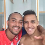 RT @theowalcott: Watch out #PremierLeague Me and @Alexis_Sanchez will be a deadly force!! #afc #COYG #SpeedMatters http://t.co/HzNVnekohw