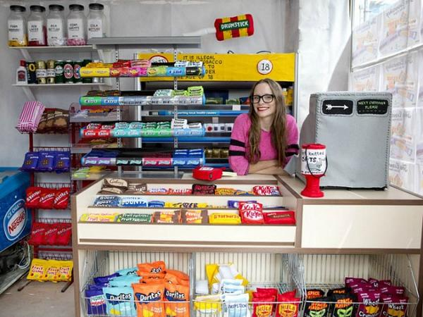 Artist Transforms an Abandoned Shop into a Grocery Store Filled with Goods Made from Felt    http://t.co/lLubSwyn32 http://t.co/NrSVM4i6Os
