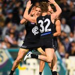3QT: @CarltonFC 8.11 (59) lead @Fremantle_FC 8.7 (55) Huge last term coming up! #AFLFreoBlues http://t.co/qVrttEKJPx