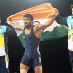 RT @EconomicTimes: Babita Kumari and Yogeshwar Dutt win gold medals for India in wrestling at the #CWG2014 (Images: PTI) http://t.co/TFiE1HAywA