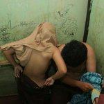 Wah Parah, Anak SMA Kepergok Mesum Siang Siang! Liat Videonya Di Sini: http://t.co/1glyreHTOw #Realava http://t.co/D5JtdoYmaC