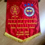 To be presented to #Fenerbahce ahead of tonights historic game. #sufc #twitterblades #soma http://t.co/bgFoyHxBPt